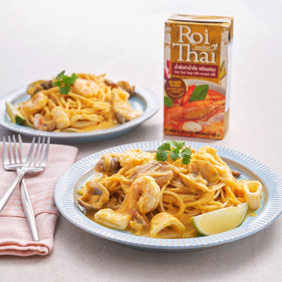 Creamy-pumpkin-Roi-Thai-Tom-Yum-Spaghetti